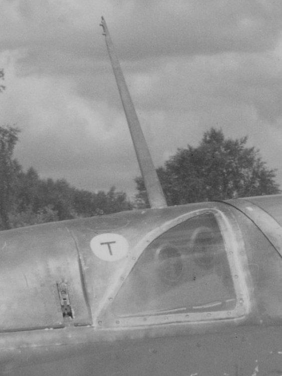 vf241-18.jpg