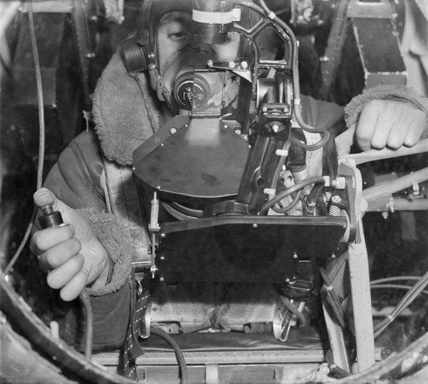 bombsight_mkxiv.jpg