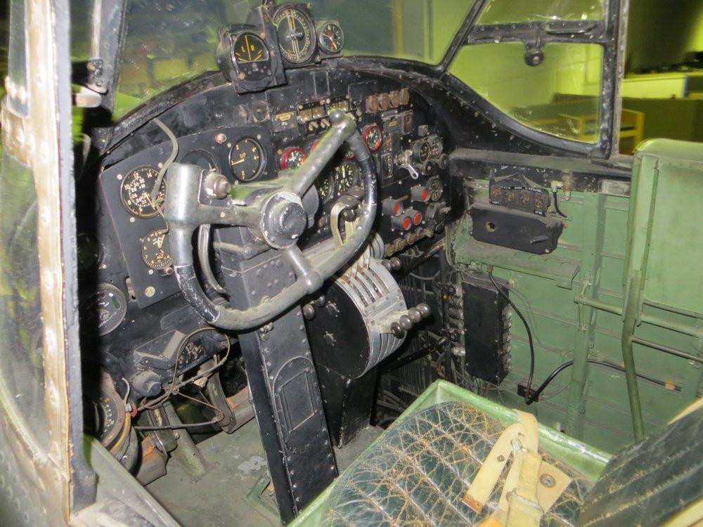 lanccockpit1.jpg