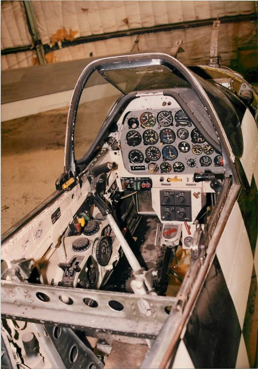 Bardahl-II-3-Cockpit-before-restoration.jpg