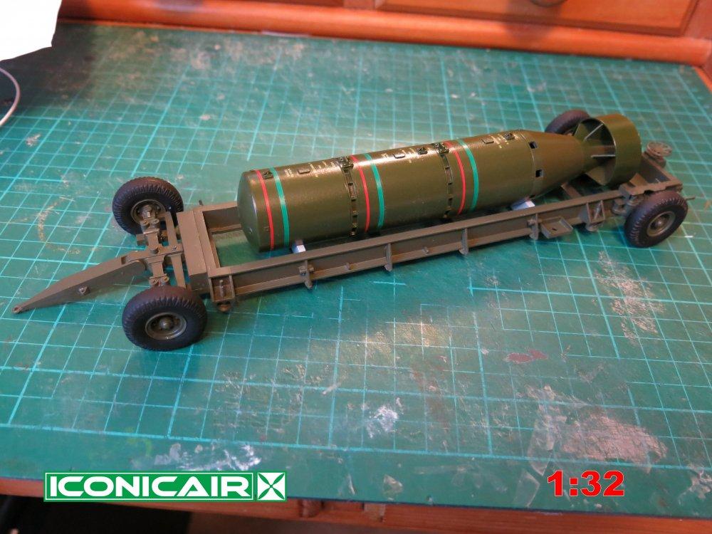 Iconicair RAF Bomb Trolley + 12000lb Cookie 005.jpg