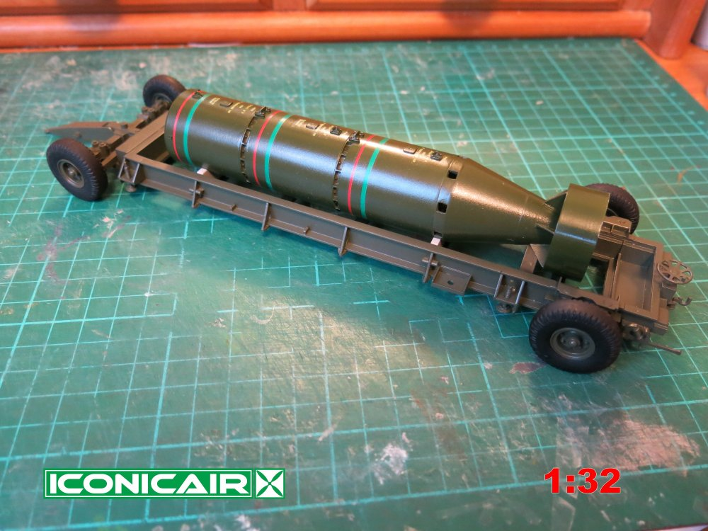 Iconicair RAF Bomb Trolley + 12000lb Cookie 004.jpg