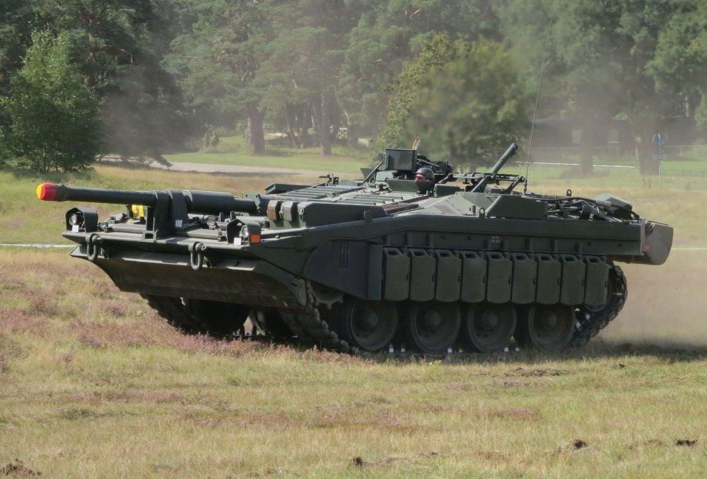 Stridsvagn_103_Revinge_2013-1.thumb.jpg.f7acac70209026291e6a6abd1d47f2a0.jpg