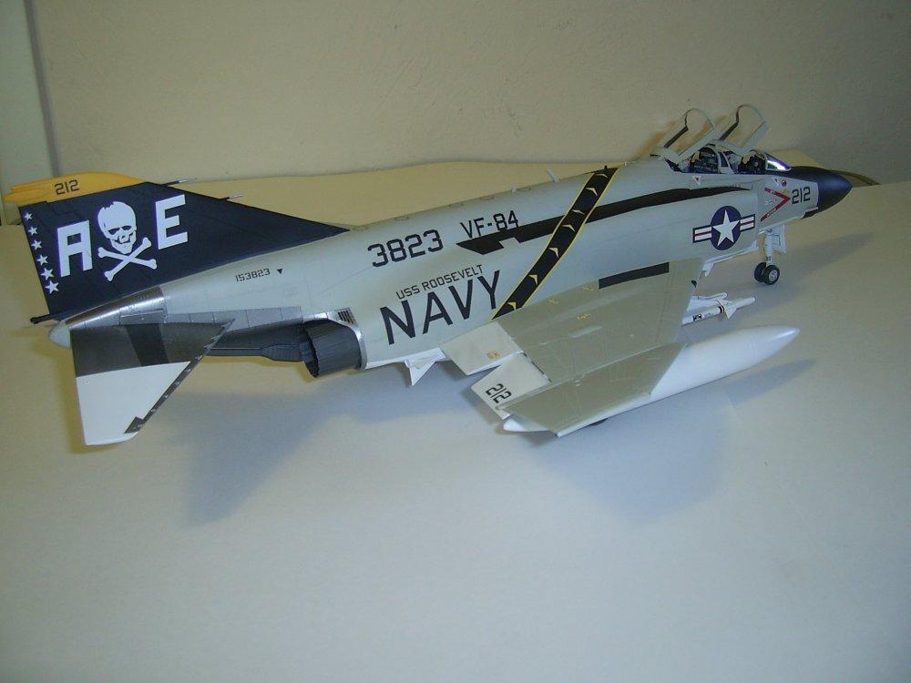 F4J-VF84-3.JPG