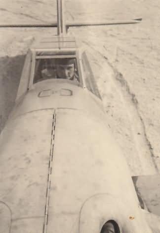 Me_109_f-4_trop._5_JG_27_fw_hans_niederrhofer_1942.jpg