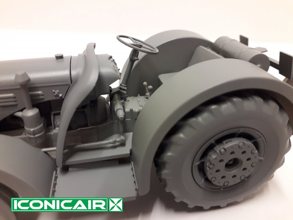 Iconicair David Brown RAF Tugmaster Tractor 011.jpg