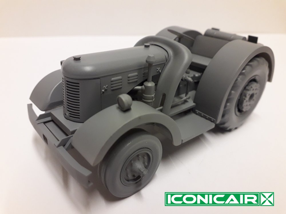 Iconicair David Brown RAF Tugmaster Tractor 014.jpg
