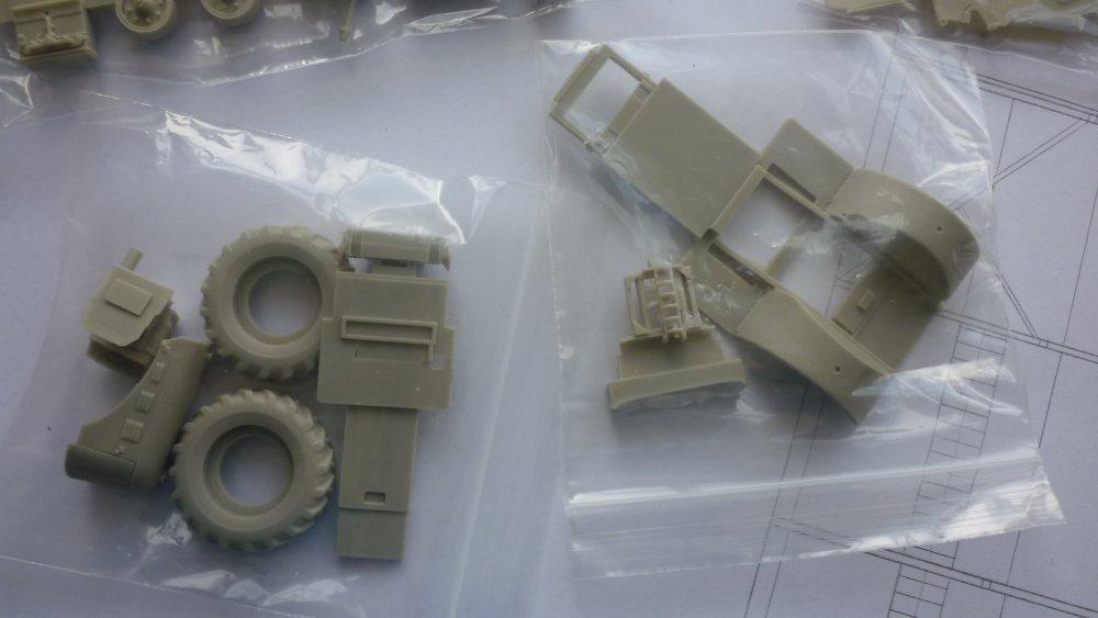 DB tractor parts 1.JPG