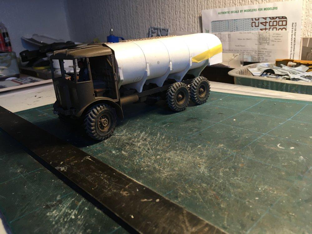 Scratch AEC Tank .JPG