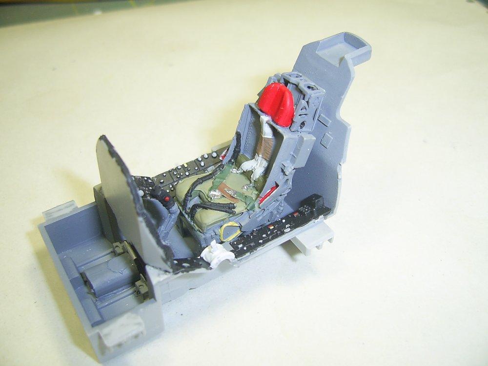 F105D-PIT-4.JPG