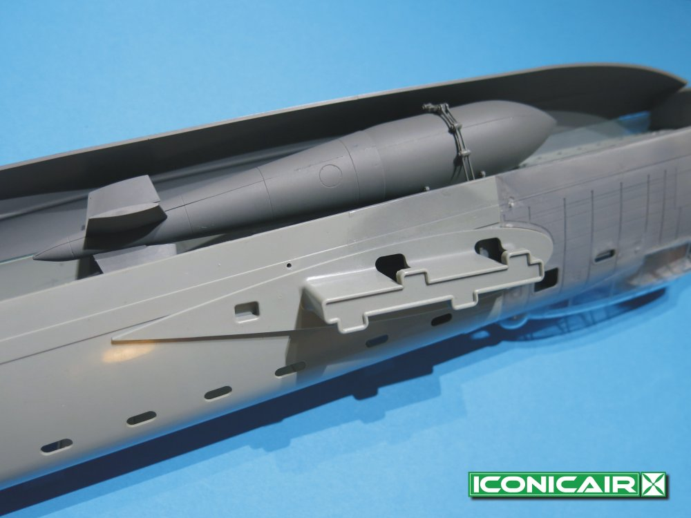 Iconicair 1-32 Scale 12000lb Tallboy 002.jpg