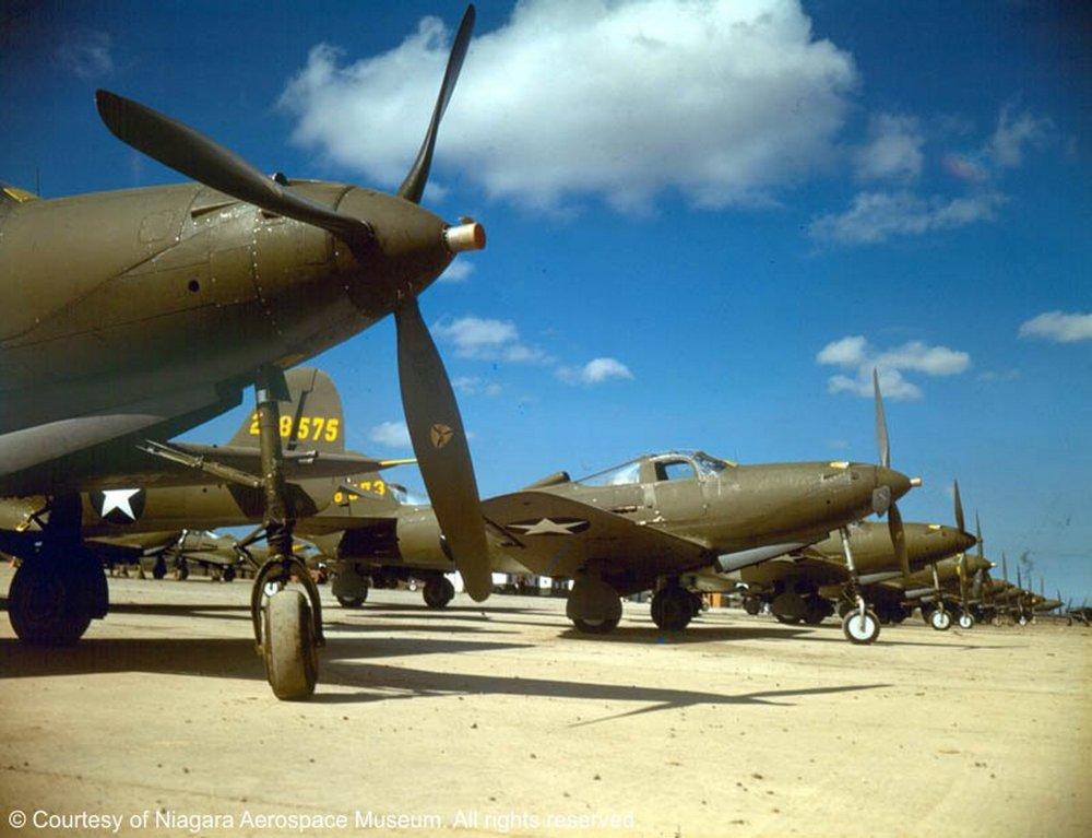 Bell-P-39-Airacobra-in-beautiful-color-courtesy-of-Niagara-Aerospace-Museum-20.jpg
