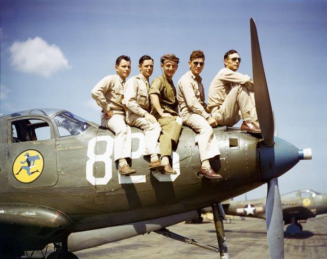 USAAF-42-18285-Bell-P-39-Airacobra-118TRS-USA-01.jpg